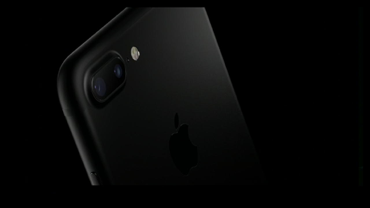 iPhone 7 and 7 Plus launched: Everything You Need To Know!